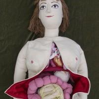 Kvinnlig docka med inre organ